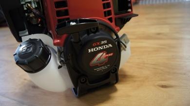 Keturtaktė žoliapjovė Akita Honda GX35 (1.0 kW)