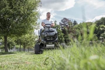 Vejos pjovimo traktorius AL-KO T15-93.9 HD-A (93 cm; 15 AG) 2020 m. modelis